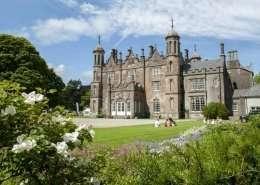 Glenarm Castle Gardens - Irland